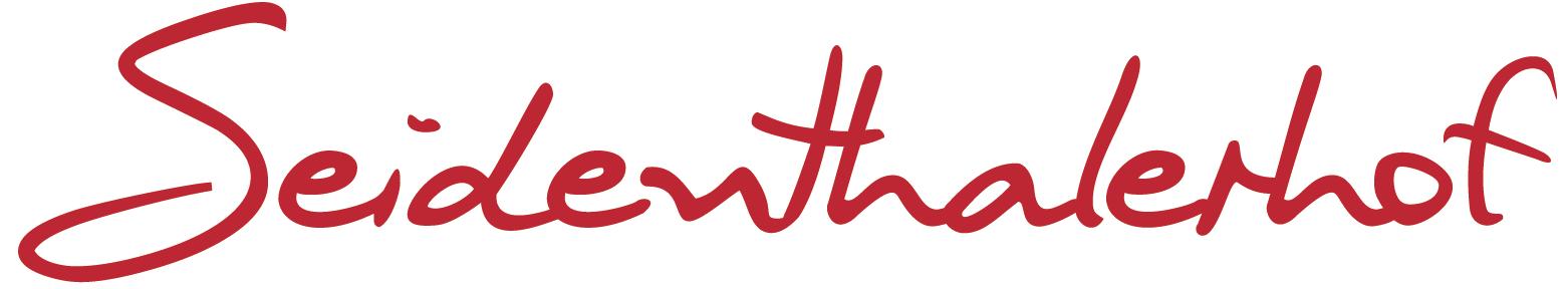 Seidentahlerhof - Hochzeiten und Feiern in Oberösterreich | Die Location für Hochzeiten, Geschäftsabschlüsse, Weihnachtsfeiern, Mitarbeiterjubiläum, Firmenfeiern, Geburtstagsfeiern, Sommernachtsfeste, Taufen uvm. Seidenthalerhof in Pichl bei Wels im Bezirk Wels-Land - Oberösterreich.